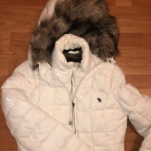 Abercrombie & Fitch Puffer jacket